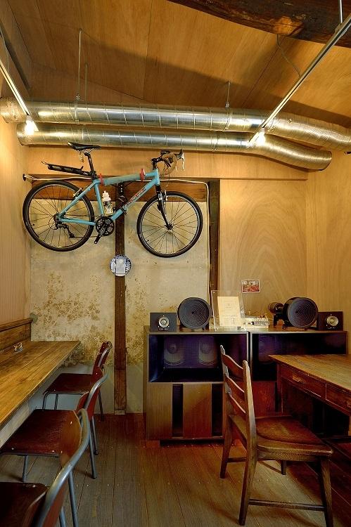 スピーカーと自転車